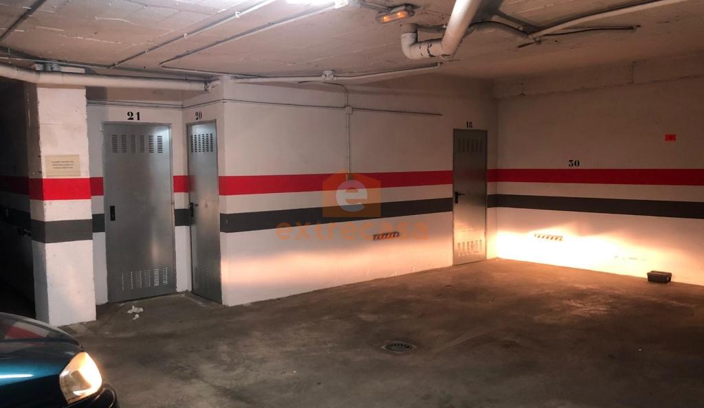 Plaza de garaje y trastero en alquiler